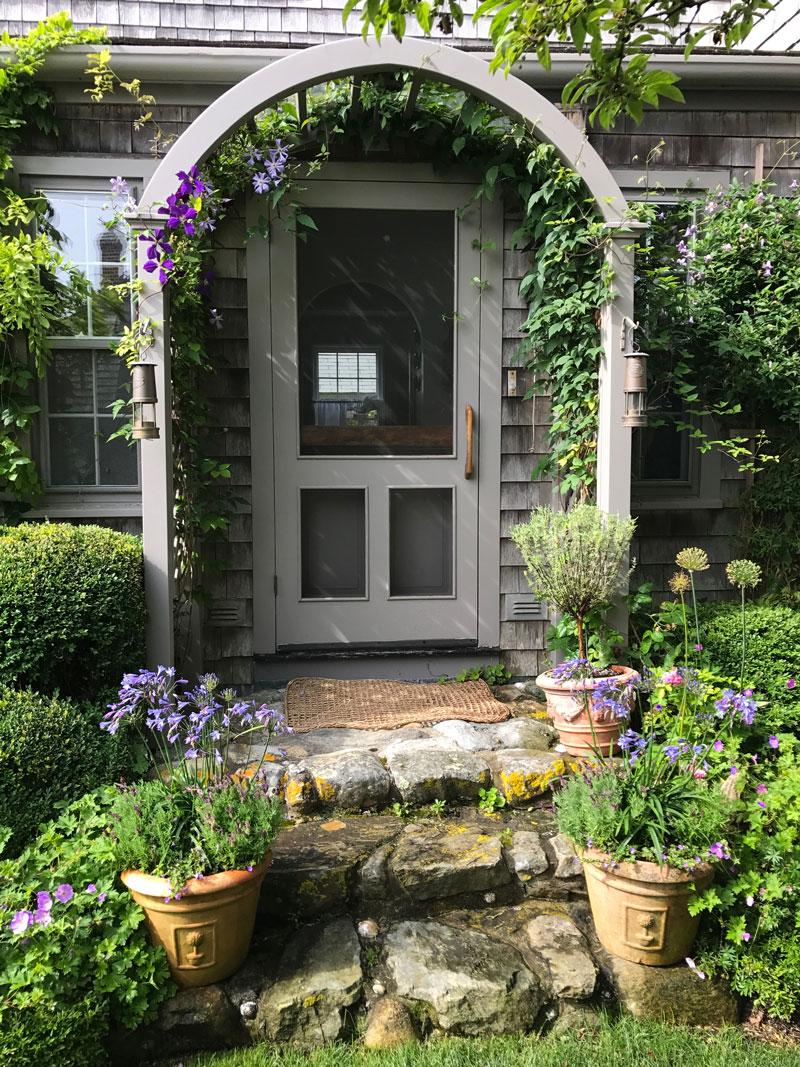 summer cool garden private newport