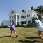 Newport Society: Moments in Time