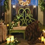 The Holiday Parterre Bench